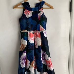 GIRLS FLOWERED PARTY DRESS SIZE 8